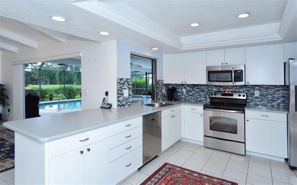 Kitchen - Single Family Home for sale at 1930 Innisbrook Ct, Venice, FL 34293 - MLS Number is N5913572