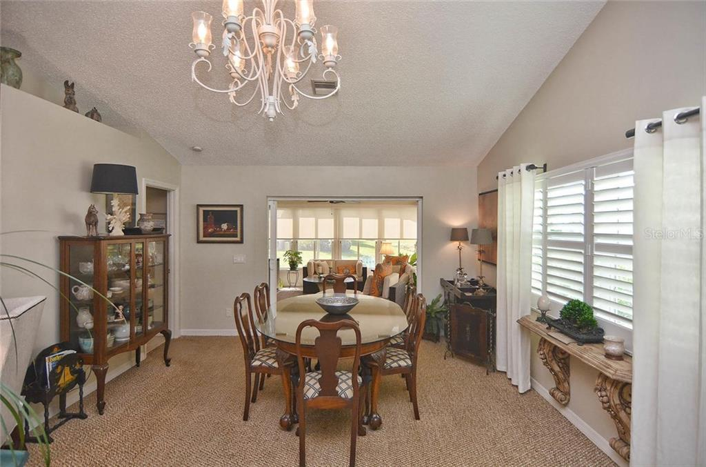 Dining room - Single Family Home for sale at 1812 Ashley Dr, Venice, FL 34292 - MLS Number is N5914047