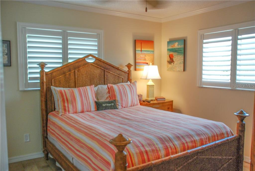 Bedroom 2 - Single Family Home for sale at 600 Portia St N, Nokomis, FL 34275 - MLS Number is N5914547
