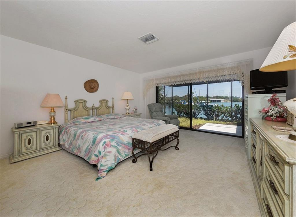 Master Bedroom - Single Family Home for sale at 199 Bayview Pkwy, Nokomis, FL 34275 - MLS Number is N6100311