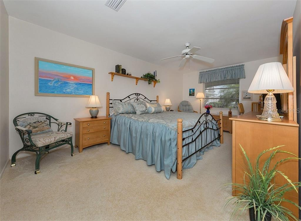 Large master bedroom. - Condo for sale at 100 The Esplanade N #4, Venice, FL 34285 - MLS Number is N6100334