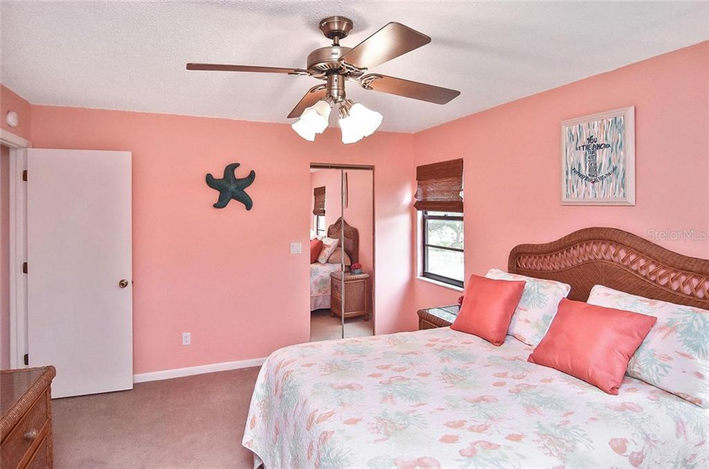 Master bedroom - Condo for sale at 654 Bird Bay Dr E #201, Venice, FL 34285 - MLS Number is N6101101