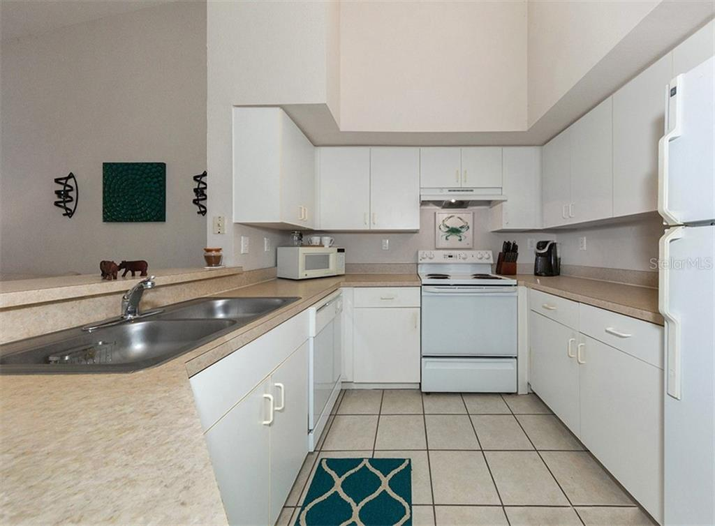 Kitchen - Condo for sale at 4106 Central Sarasota Pkwy #1028, Sarasota, FL 34238 - MLS Number is N6101168