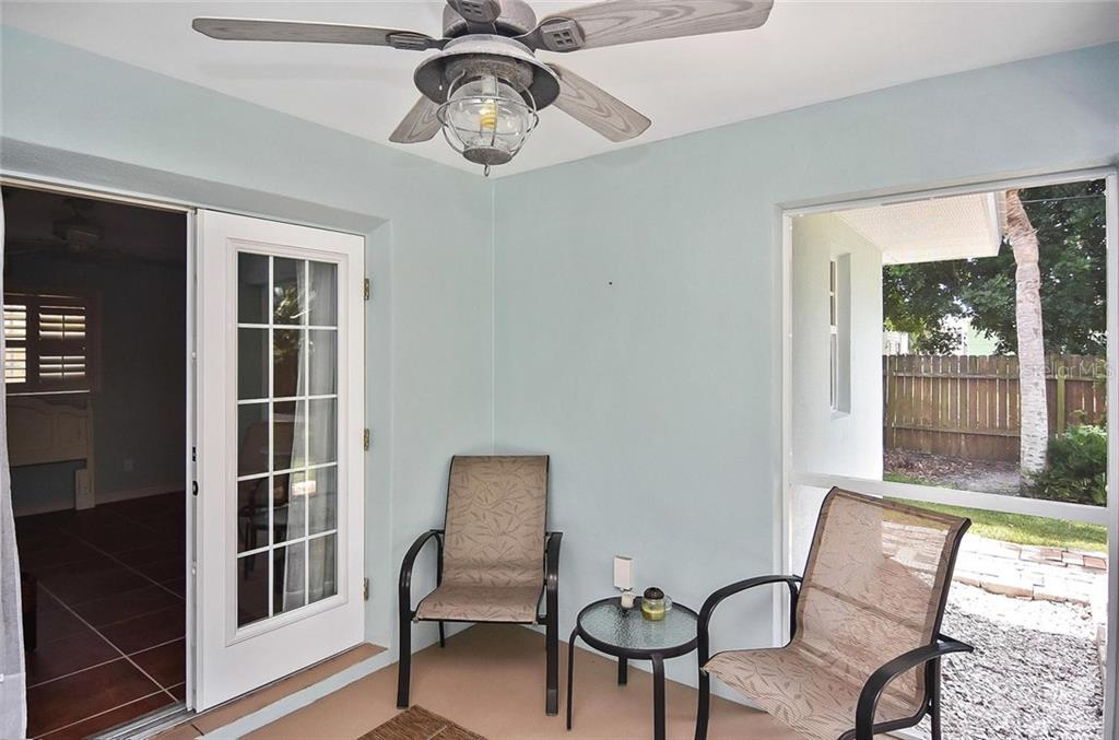 Screened Lanai - Single Family Home for sale at 316 Alba St E, Venice, FL 34285 - MLS Number is N6102095