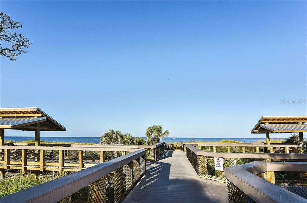The water is calling your name! - Single Family Home for sale at 316 Alba St E, Venice, FL 34285 - MLS Number is N6102095