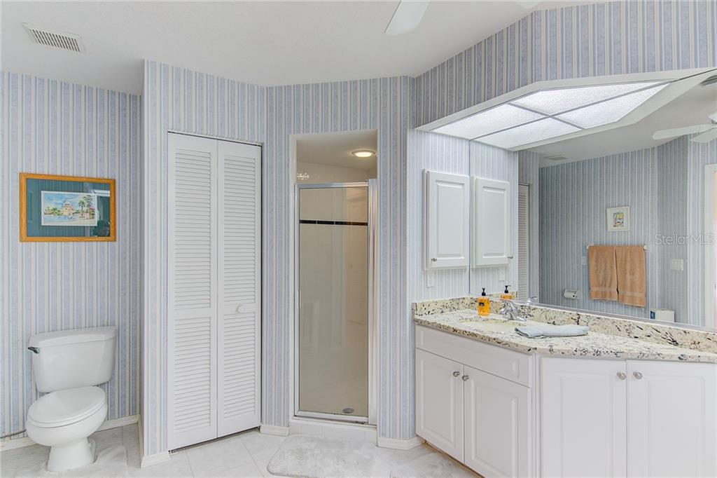 Master Bath - Single Family Home for sale at 531 Pennyroyal Pl, Venice, FL 34293 - MLS Number is N6103229