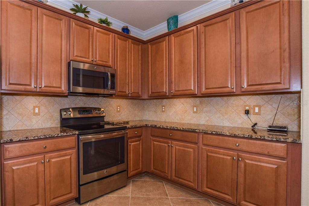 Single Family Home for sale at 13254 Famiglia Dr, Venice, FL 34293 - MLS Number is N6103426