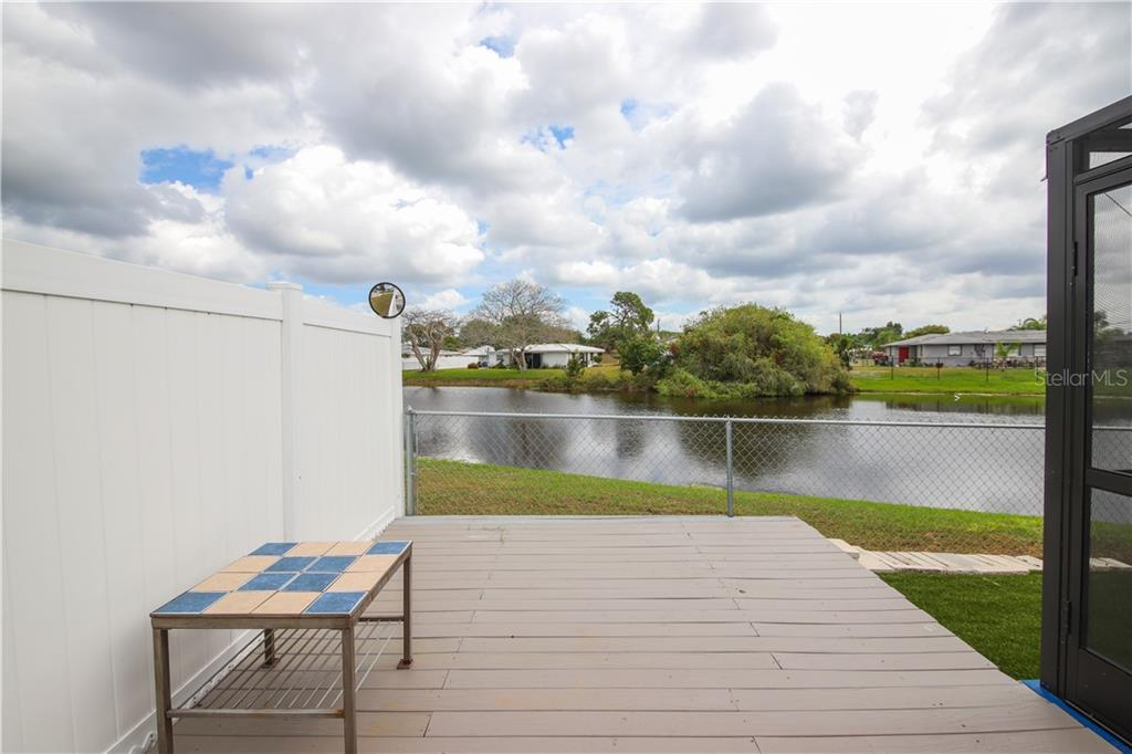 Sun Deck - Single Family Home for sale at 41 Caroll Cir, Englewood, FL 34223 - MLS Number is N6104860