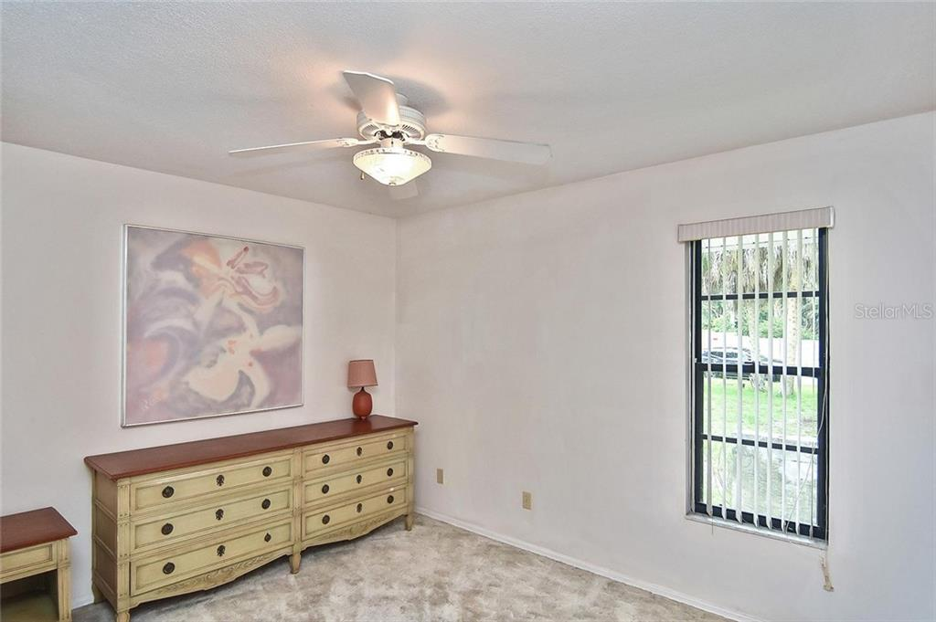 Bedroom 3 - Single Family Home for sale at 125 Palm Ave E, Nokomis, FL 34275 - MLS Number is N6105973
