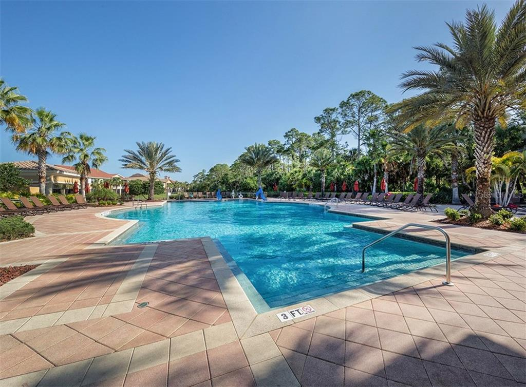 Community pool - Single Family Home for sale at 106 Vicenza Way, North Venice, FL 34275 - MLS Number is N6106168