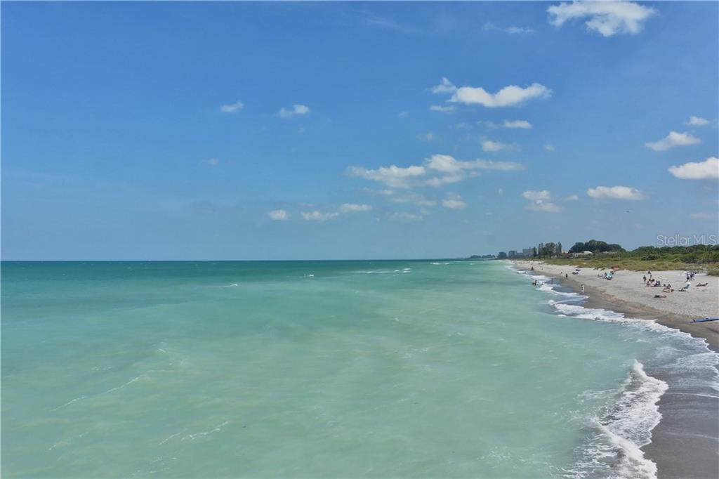 Venice Beach - Villa for sale at 1708 Fountain View Cir, Venice, FL 34292 - MLS Number is N6106422