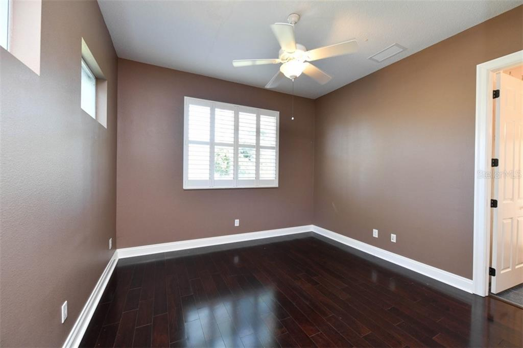 Bedroom 4 - Single Family Home for sale at 854 Macewen Dr, Osprey, FL 34229 - MLS Number is N6106697