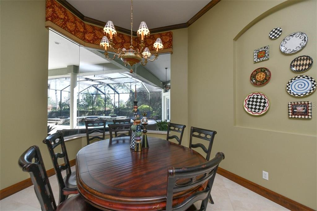 Dinette - Single Family Home for sale at 854 Macewen Dr, Osprey, FL 34229 - MLS Number is N6106697