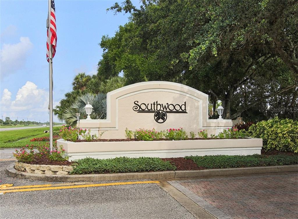 Southwood entrance - Single Family Home for sale at 4956 Stonecastle Dr, Venice, FL 34293 - MLS Number is N6107106