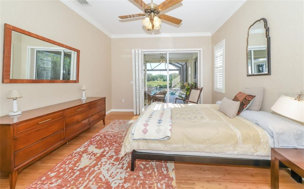 Master bedroom - Single Family Home for sale at 226 Rio Terra, Venice, FL 34285 - MLS Number is N6107320