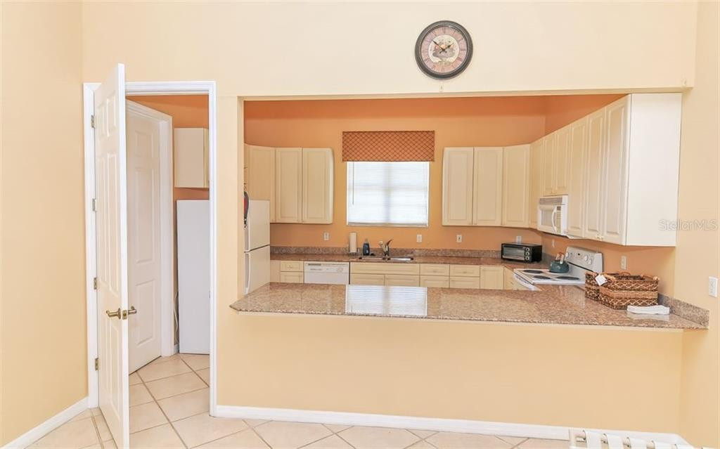 Clubhouse kitchen - Single Family Home for sale at 226 Rio Terra, Venice, FL 34285 - MLS Number is N6107320