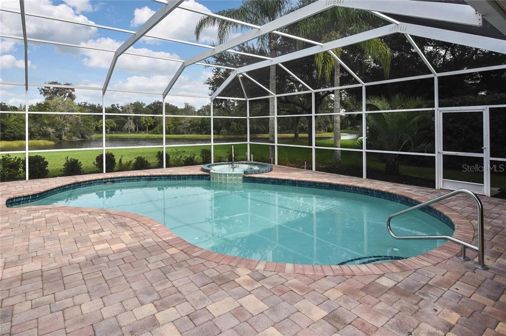 How relaxing! - Single Family Home for sale at 7185 N Serenoa Dr, Sarasota, FL 34241 - MLS Number is N6109058