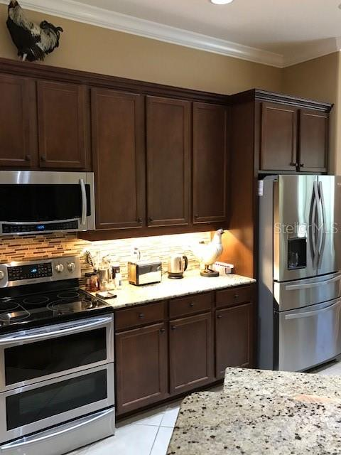 Kitchen - Single Family Home for sale at 19694 Cobblestone Cir, Venice, FL 34292 - MLS Number is N6109367