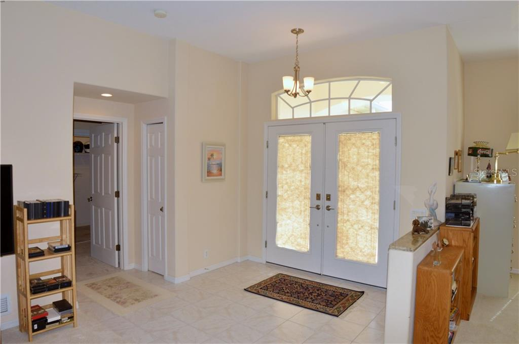 Foyer - Single Family Home for sale at 413 Pebble Creek Ct, Venice, FL 34285 - MLS Number is N6110166
