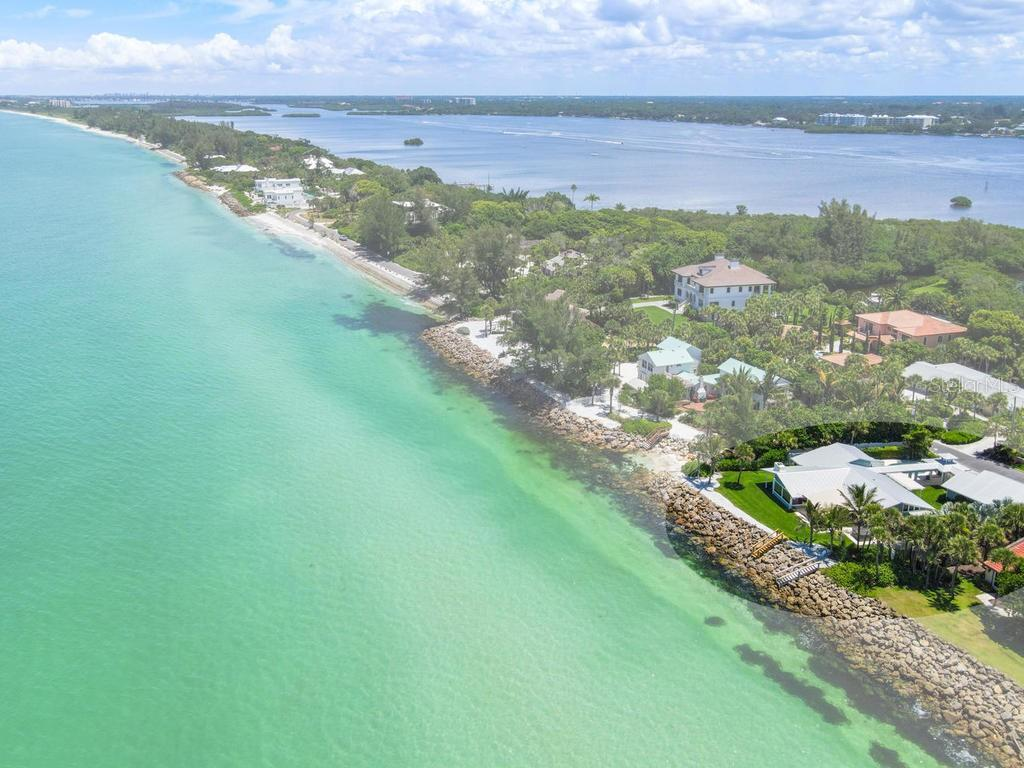 Single Family Home for sale at 141 N Casey Key Rd, Osprey, FL 34229 - MLS Number is N6110698
