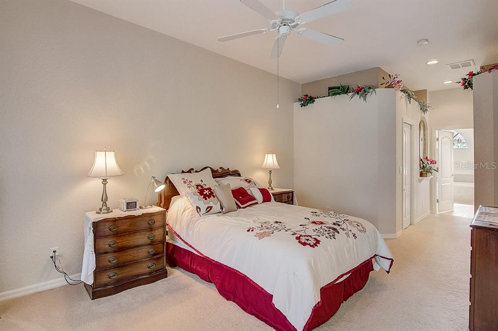 Master bedroom - Single Family Home for sale at 1031 Scherer Way, Osprey, FL 34229 - MLS Number is N6111839
