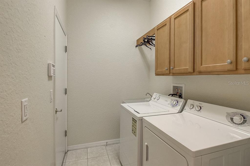 Laundry room - Single Family Home for sale at 1031 Scherer Way, Osprey, FL 34229 - MLS Number is N6111839