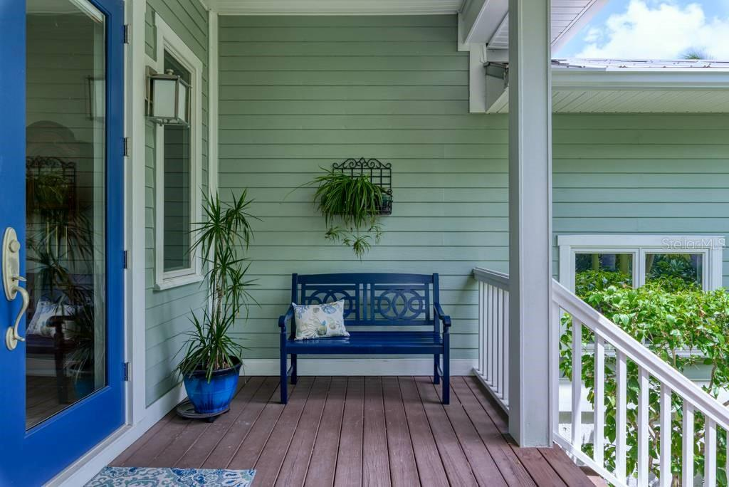 Porch - Single Family Home for sale at 725 Eagle Point Dr, Venice, FL 34285 - MLS Number is N6111842