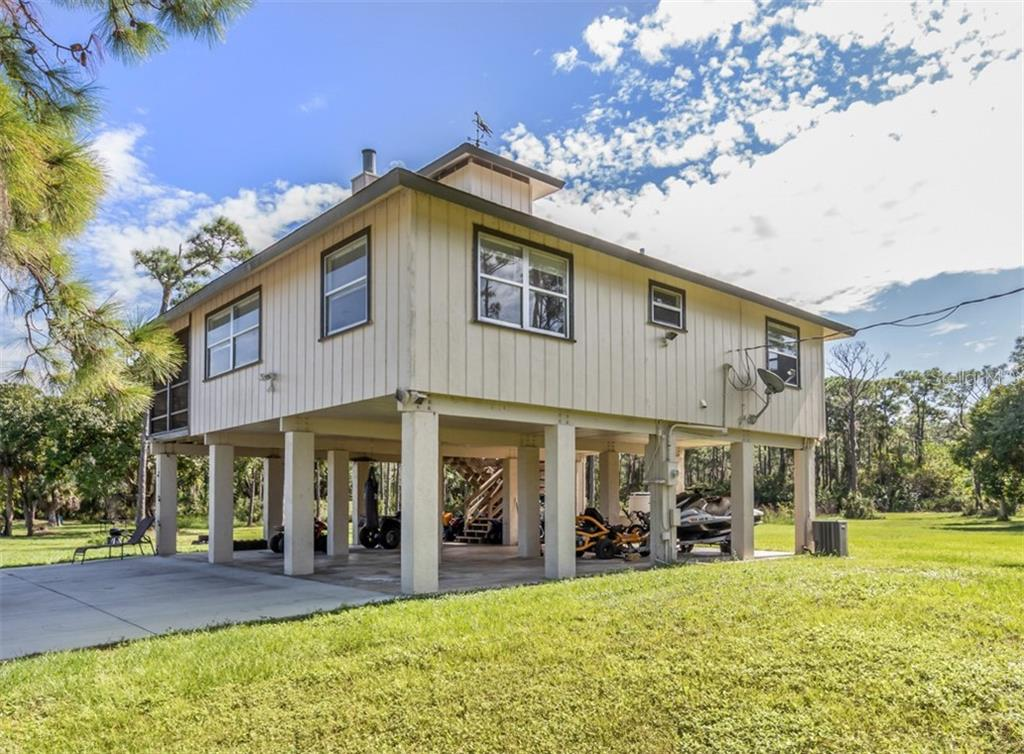 Exterior - Single Family Home for sale at 9425 Myakka Dr, Venice, FL 34293 - MLS Number is N6112567