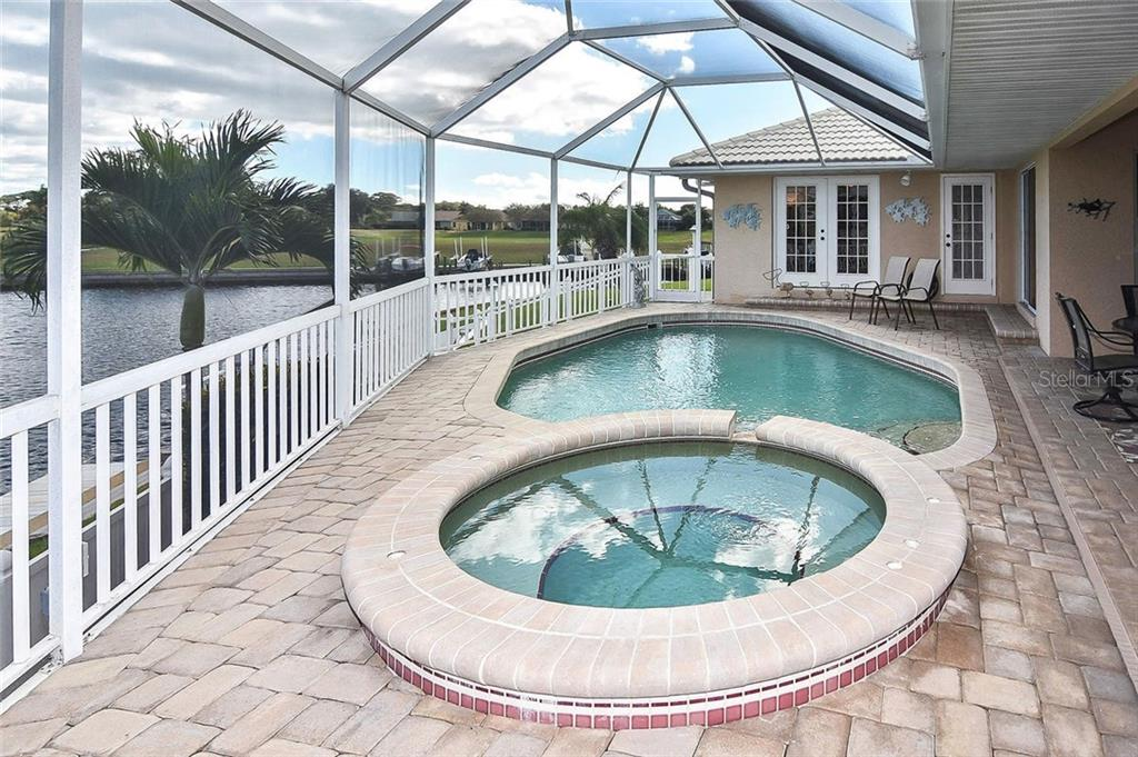 Single Family Home for sale at 343 Oakwood Cir, Englewood, FL 34223 - MLS Number is N6113480