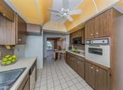 Kitchen - Single Family Home for sale at 915 Bayshore Rd, Nokomis, FL 34275 - MLS Number is N6109471