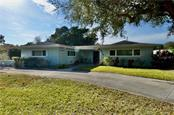 Single Family Home for sale at 616 Armada Rd N, Venice, FL 34285 - MLS Number is N6113284