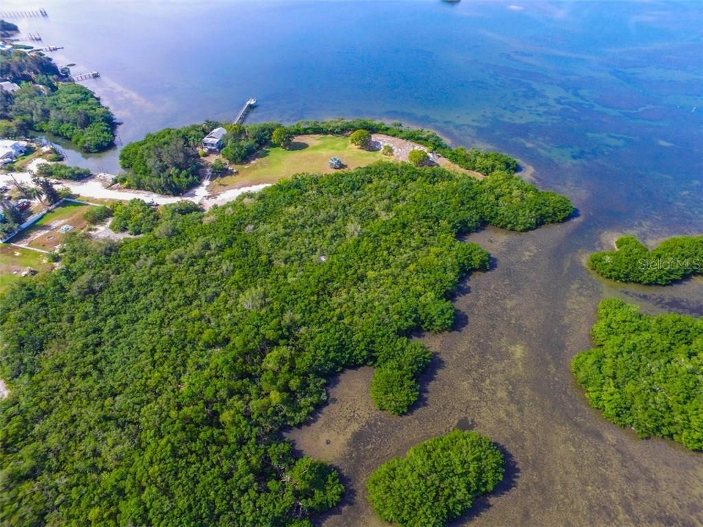 Additional photo for property listing at 41 Boots Point Rd 41 Boots Point Rd Terra Ceia, Florida,34250 Verenigde Staten