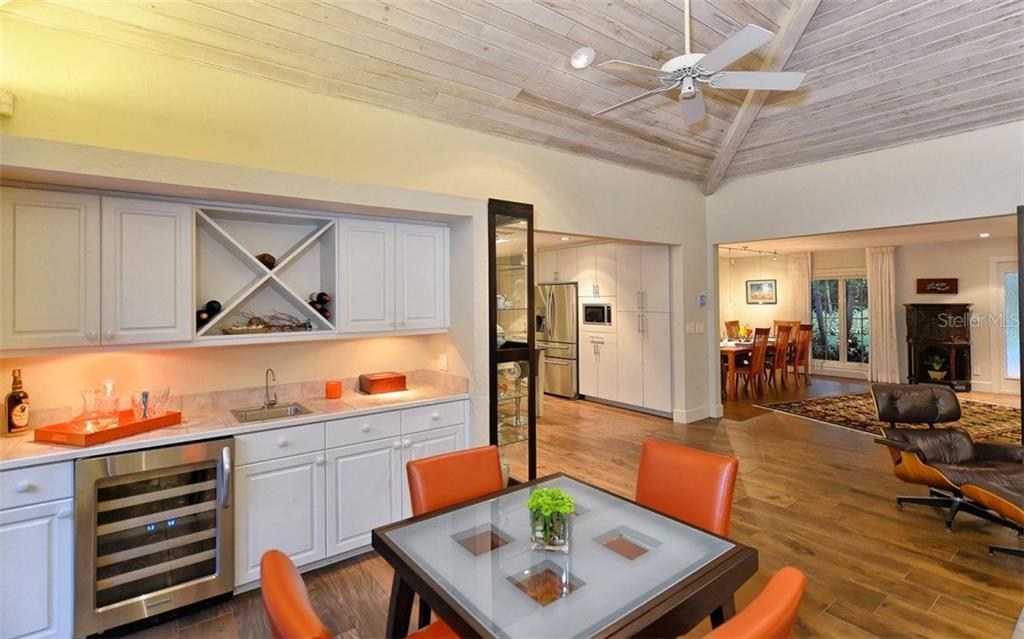 Additional photo for property listing at 5150 Jungle Plum Rd 5150 Jungle Plum Rd Sarasota, Florida,34242 Stati Uniti