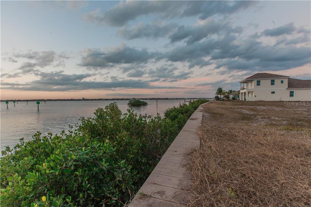 Additional photo for property listing at 608 Regatta Way 608 Regatta Way Bradenton, Φλοριντα,34208 Ηνωμενεσ Πολιτειεσ
