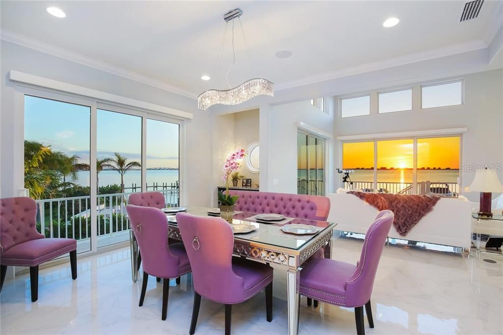 Additional photo for property listing at 1001 Tocobaga Ln 1001 Tocobaga Ln Sarasota, フロリダ,34236 アメリカ合衆国