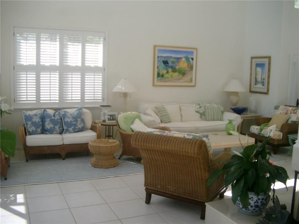 Living Area of Great Room - Single Family Home for sale at 3452 Mistletoe Ln, Longboat Key, FL 34228 - MLS Number is A4415200