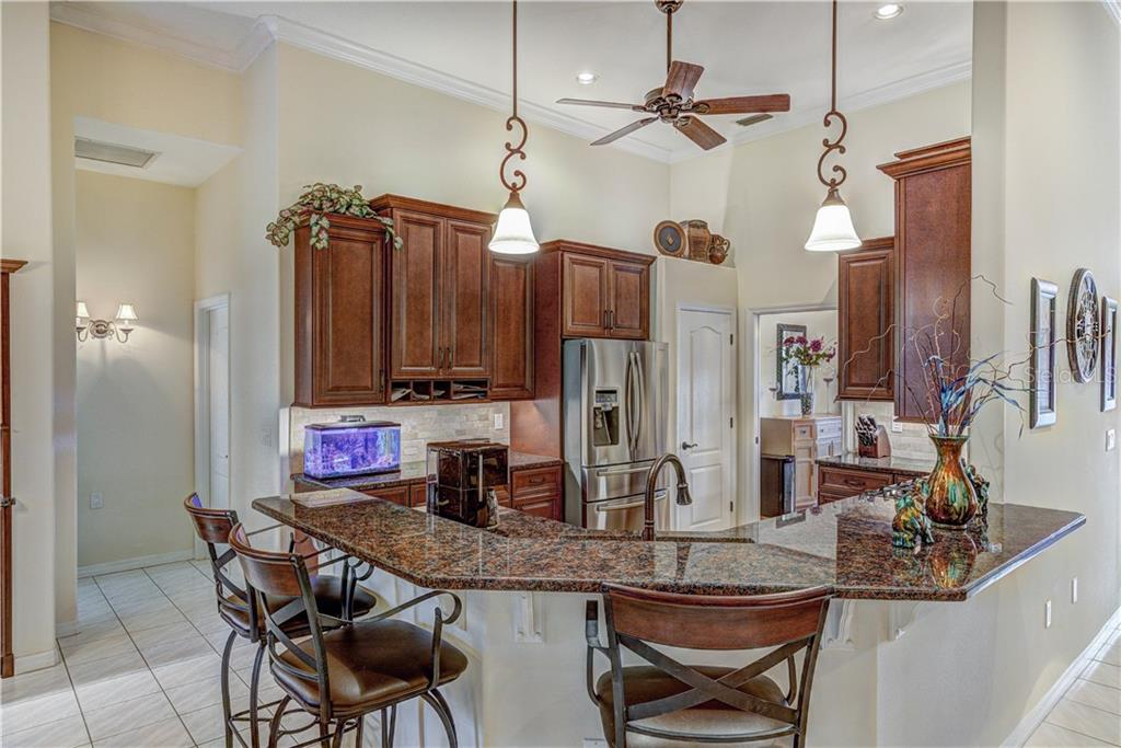 Gorgeous all new kitchen with walk-in matching pantry - Single Family Home for sale at 6321 W Glen Abbey Ln E, Bradenton, FL 34202 - MLS Number is A4429610
