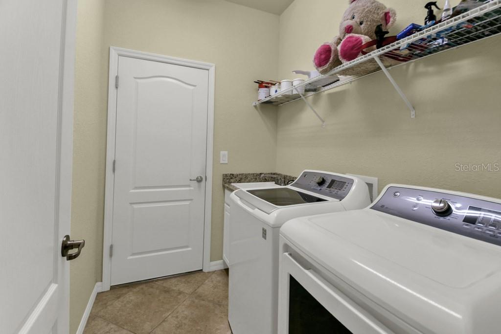 Laundry Room - Single Family Home for sale at 2937 Desert Plain Cv, Lakewood Ranch, FL 34211 - MLS Number is A4431016