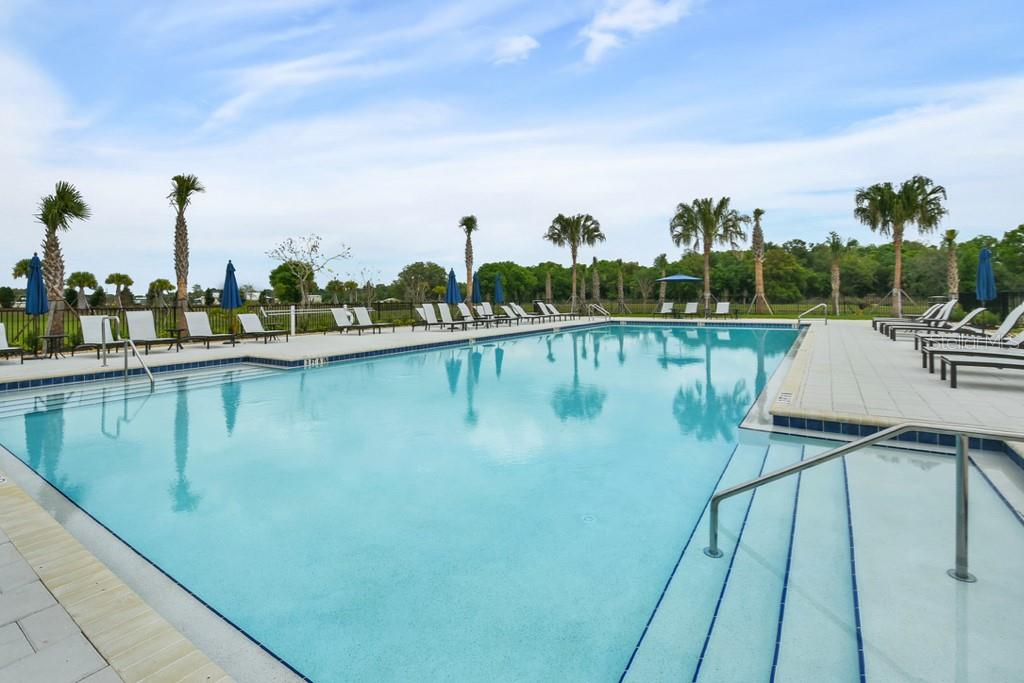 Community pool - Single Family Home for sale at 2937 Desert Plain Cv, Lakewood Ranch, FL 34211 - MLS Number is A4431016
