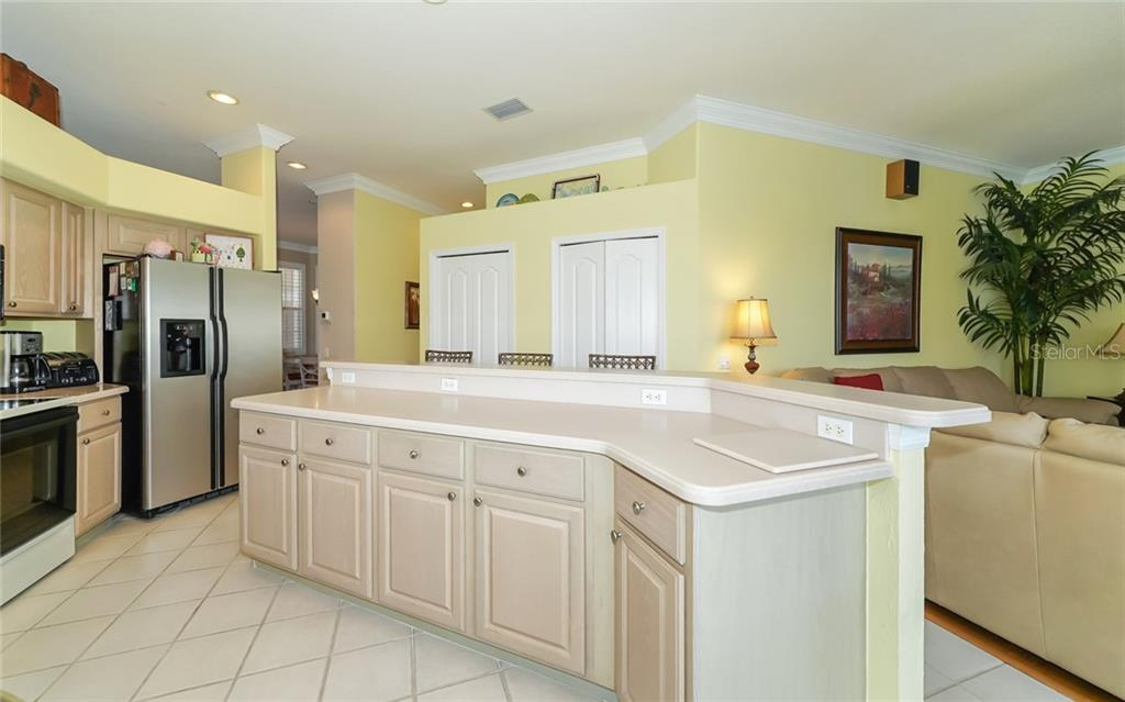 Single Family Home for sale at 9441 Cedar Ridge Ln, Sarasota, FL 34238 - MLS Number is A4433264