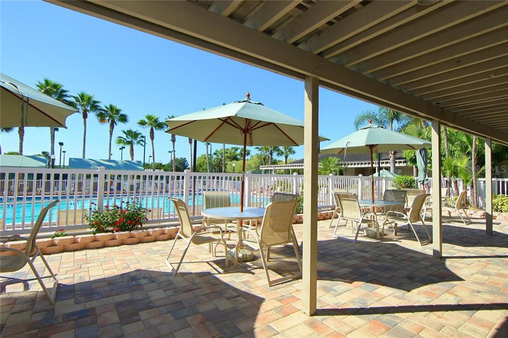 Single Family Home for sale at 1592 Landings Ter, Sarasota, FL 34231 - MLS Number is A4437202