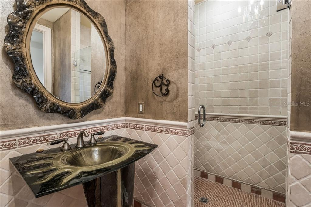 The third full bath is just off the main living room. - Condo for sale at 1111 Ritz Carlton Dr #1704, Sarasota, FL 34236 - MLS Number is A4442192