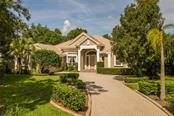 8018 Collingwood Ct, University Park, FL 34201