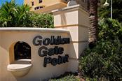 226 Golden Gate Pt #21, Sarasota, FL 34236